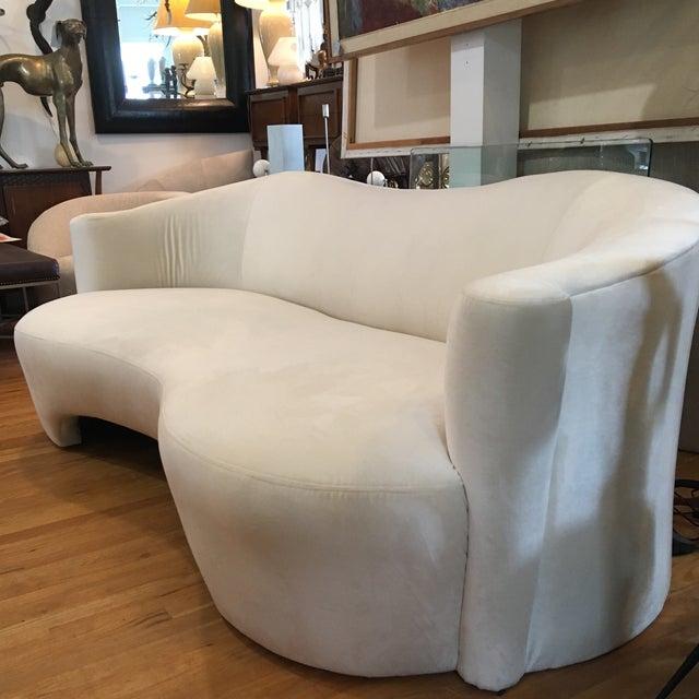 Modern 1980s Modern Vladimir Kagan Style Sofa For Sale - Image 3 of 7