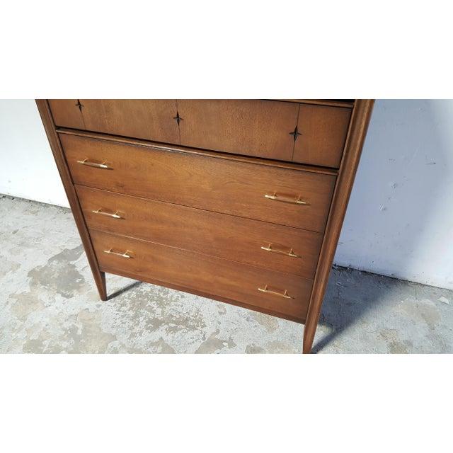1960s Mid Century Modern Broyhill Saga Walnut High Boy Dresser For Sale - Image 5 of 13