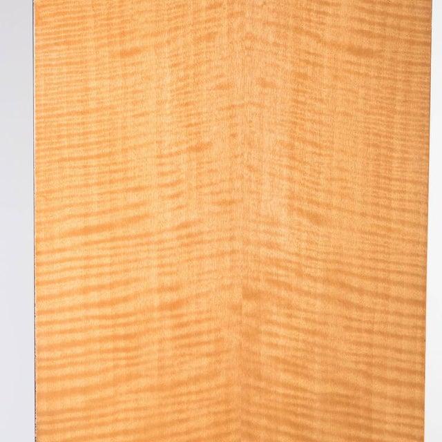 American Art Deco Style Illuminated Presentation Shelving Unit or Bookcase For Sale - Image 9 of 10