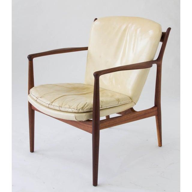 """1950s Finn Juhl """"Delegate"""" Armchair For Sale - Image 5 of 11"""