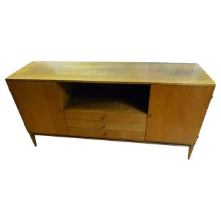 Paul McCobb Credenza, Planner Group Line for Winchendon Furniture, Circa 1950s For Sale