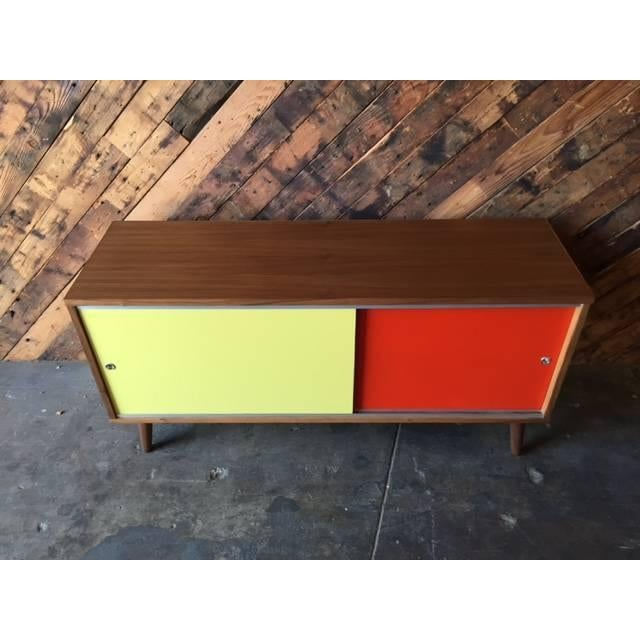 Mid-Century Modern Mid Century Style Custom Two Tone Credenza For Sale - Image 3 of 7