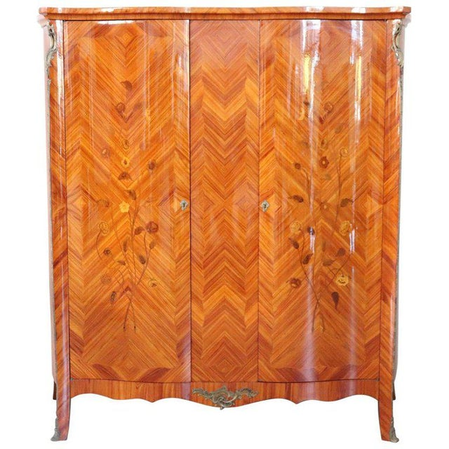 20th Century Louis XV Style Italian Bombe Floral Bois De Rose Wardrobe Armoire For Sale - Image 13 of 13