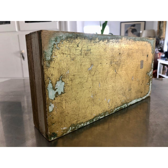 Wood 1950s Vintage Florentine Gold Gilt Glam Tissue Holder Box Cover For Sale - Image 7 of 9