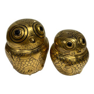 Burmese Gold and Black Lacquer Owl Boxes - a Pair For Sale