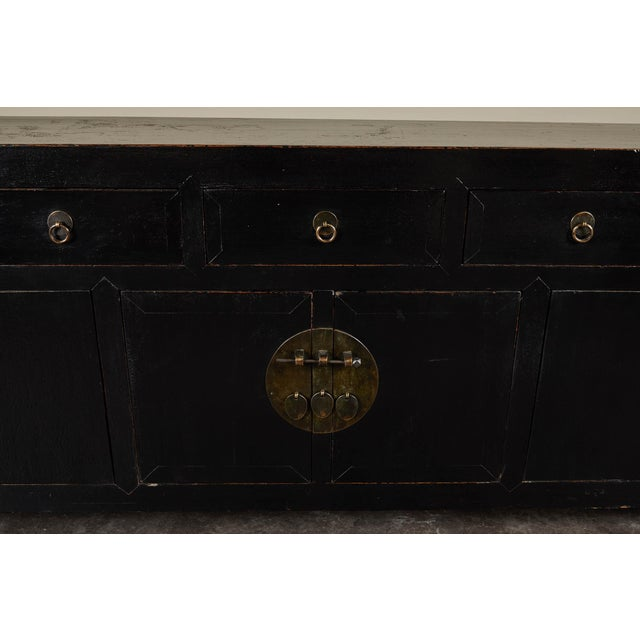 18th C. Chinese Black Lacquer Elm Sideboard For Sale - Image 4 of 10