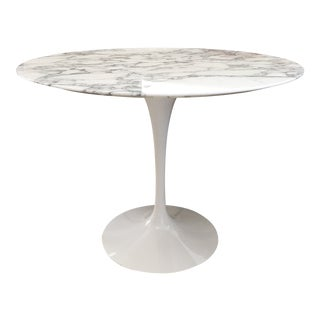"Mid-Century Modern Saarinen 35"" Round Marble Dining Table For Sale"