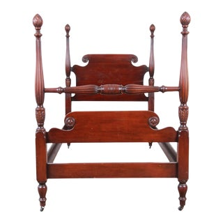 Kindel Furniture Carved Mahogany Twin Size Poster Bed For Sale
