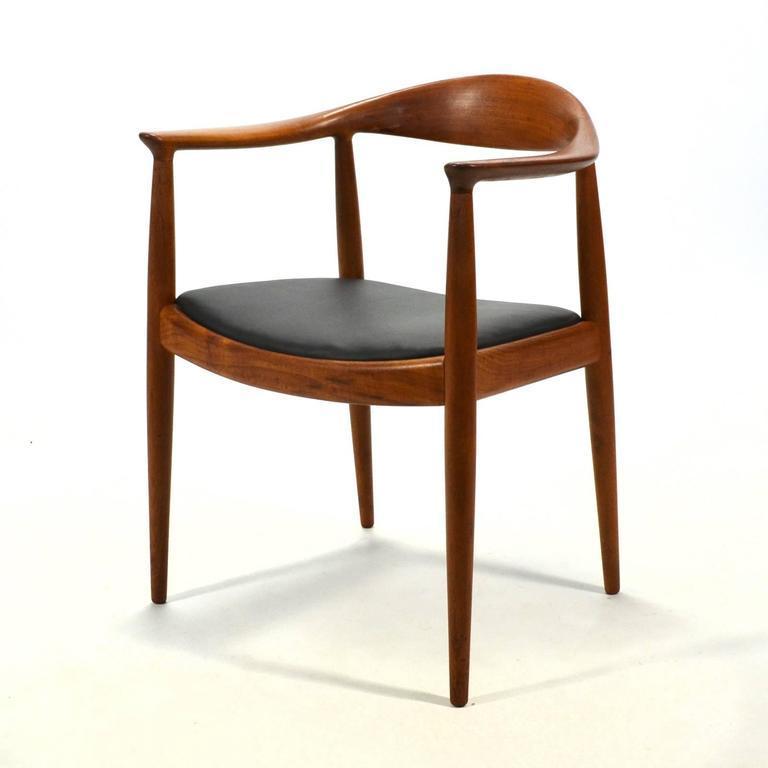 Marvelous Hans Wegner Round Chair #12 - Hans Wegner Round Chair/The Chair By Johannes Hansen - Image 5 Of 9