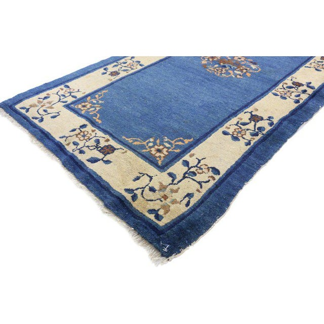 """Early 20th Century Antique Chinese Peking Accent Rug - 3'00"""" × 5′9″ For Sale - Image 4 of 8"""