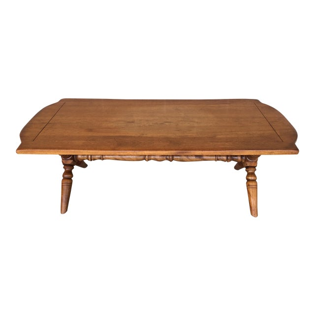 Cushman Colonial Maple Coffee Table For Sale