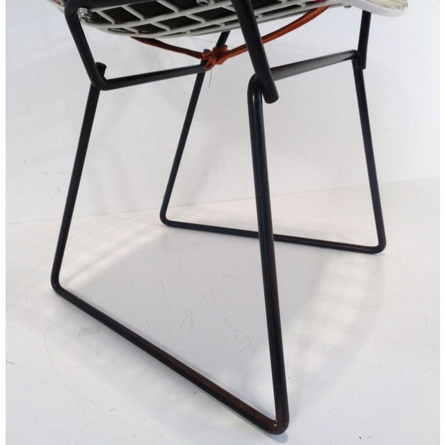 Mid 20th Century Black & White Harry Bertoia for Knoll Small Children's Chair For Sale - Image 5 of 12