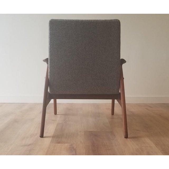 1950s 1950s Arne Hovmand-Olsen Lounge Chair (Model 240) for Mogens Kold Møbelfabrik - Newly Upholstered For Sale - Image 5 of 13