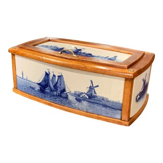 19th Century French Maple and Porcelain Tile Bread Box From Villeroy and Boch For Sale
