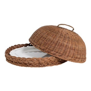 Small Wicker Dome With Melamine Plate
