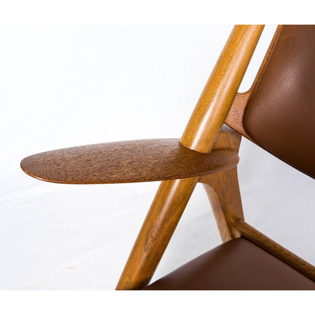 Wood Hans Wegner CH-28 Lounge Chair For Sale - Image 7 of 10