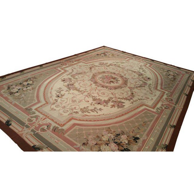 Needlepoint European Aubusson Design Handmade Rug - Beautiful French Style needlepoint hand made rug. Material 100% Wool,...