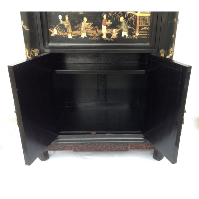 Green c.1950s James Mont Designed Asian-Style Dry Bar Cabinet by George Zee & Co. For Sale - Image 8 of 13