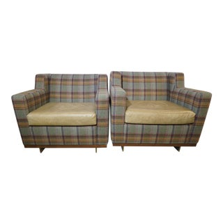 Pair of Mid Century Lounge Chairs in the Style of Milo Baughman For Sale