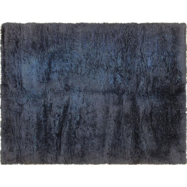 "Contemporary Turkish Shag Rug 6' X 7'11"" For Sale In Los Angeles - Image 6 of 6"