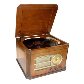 Circa 1946 'Silver Tone' Console Antique Table Radio and Phonograph Combination For Sale