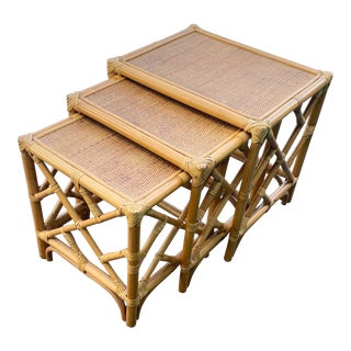 Vintage Coastal Chinese Chippendale Bamboo Nesting Tables - Set of 3 For Sale