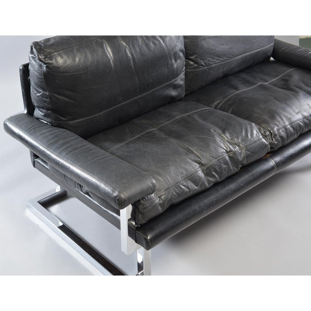 1970s Black Leather and Chrome Sofa by Tim Bates for Pieff & Co For Sale - Image 5 of 8