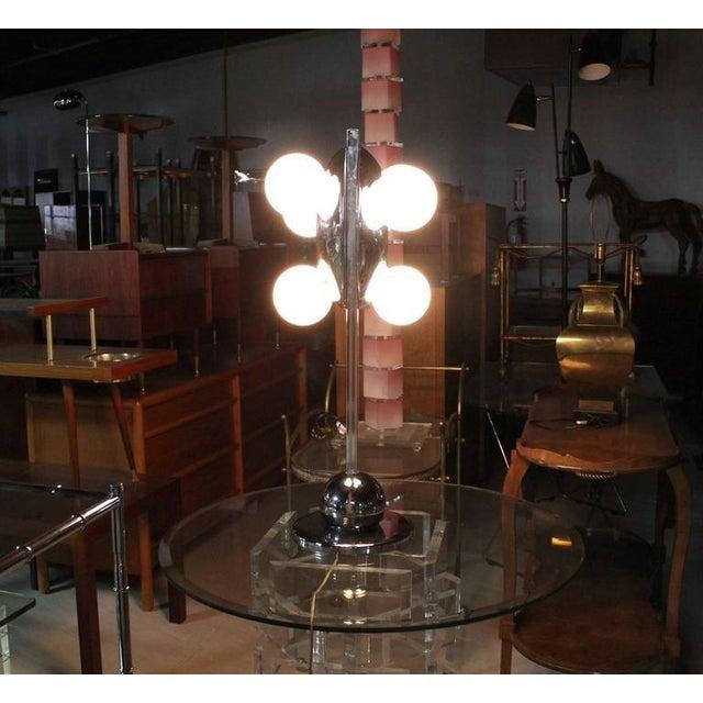 Unusual Six Globe Chrome Disc Mid Century Modern Table Lamp Symmetrical For Sale - Image 4 of 7