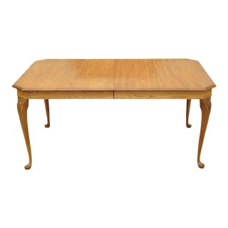 20th Century Queen Anne Pennsylvania House Stonehouse Oak Collection Dining Table For Sale