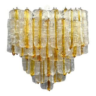Toni Zuccheri for Venini Tiered Chandelier in Two-Toned Glass For Sale
