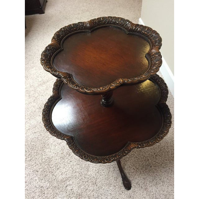 English Vintage Chippendale Two Tier Colonial Revival Pie Crust Table For Sale - Image 3 of 13
