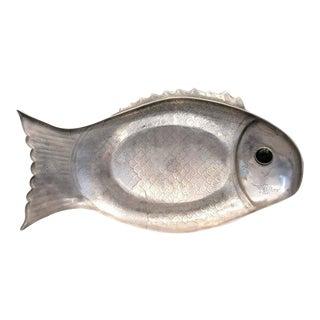 1970s Arthur Court arthur Court Aluminum Gem Stone Eye Fish Platter For Sale
