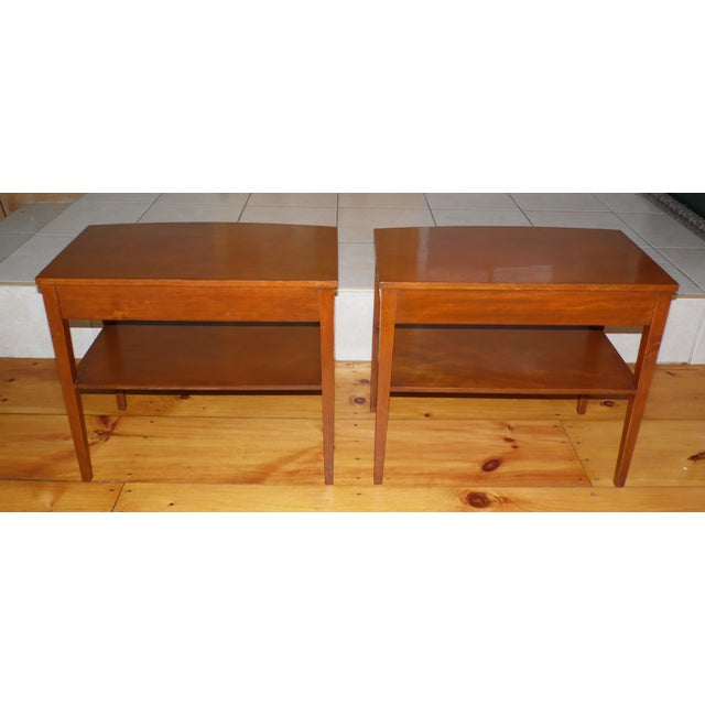 Vintage Pair Traditional Federal Mahogany End Tables Nightstands Mersman Tables For Sale - Image 12 of 13