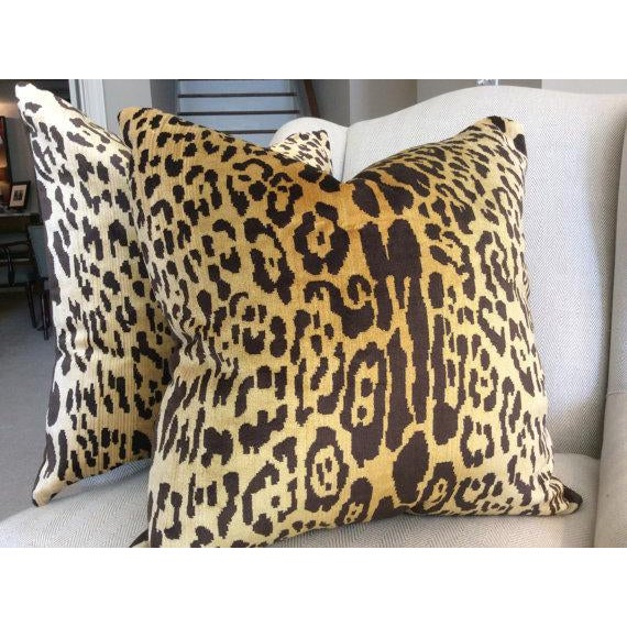 Scalamandre Contemporary Scalamandre Pillow Covers in Silk Velvet Leopardo - a Pair For Sale - Image 4 of 5
