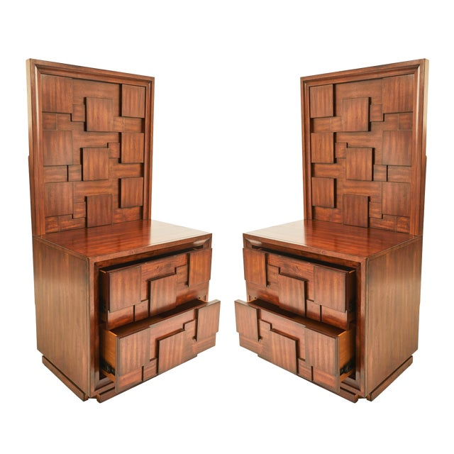Early 20th Century American Mid-Century Mahogany Nightstands-a Pair For Sale
