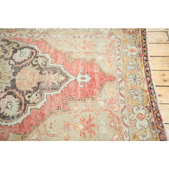 Vintage Oushak Carpet - 4′10″ × 8′2″ For Sale - Image 4 of 10
