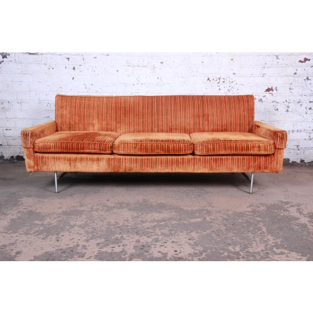 Original Paul McCobb Linear Group Sofa on Brass Legs, 1960s For Sale - Image 9 of 9