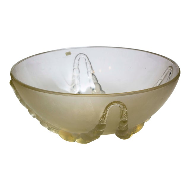 "R. Lalique ""Villeneuve"" Opalescent Bowl For Sale"