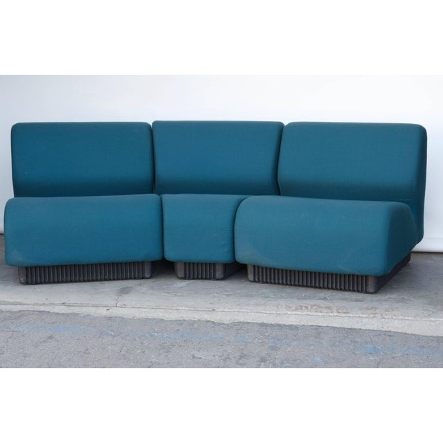 Modular settee by Don Chadwick for Herman Miller. Can also be used separately in the room. Original tags. See images of...
