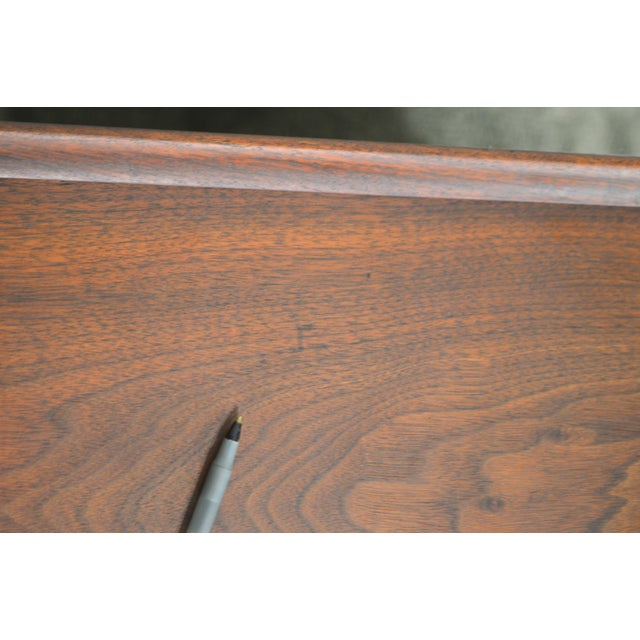 1960s Milo Baughman for Dillingham Mid Century Modern Walnut Nightstand For Sale - Image 5 of 13