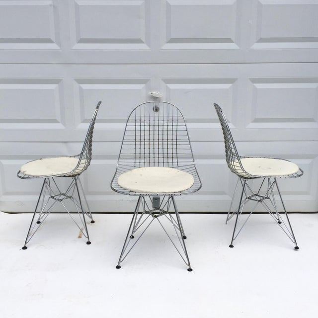 """Charles Eames Mid-Century Modern """"Eiffel"""" Style Chairs - Set of 3 For Sale - Image 4 of 7"""