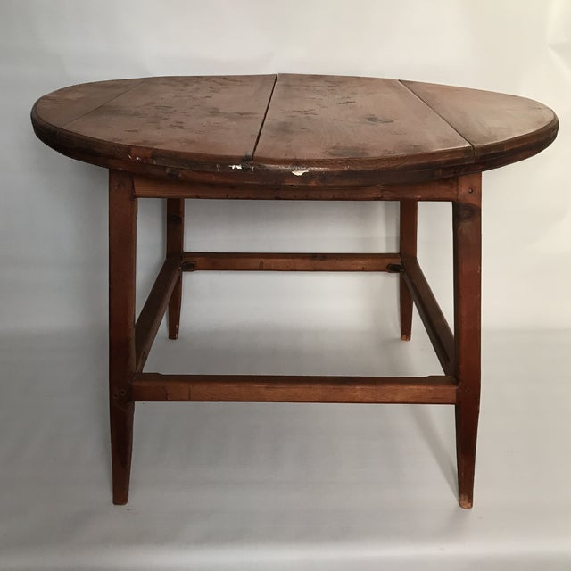 Americana Mid Century Round Wood Table For Sale - Image 3 of 11