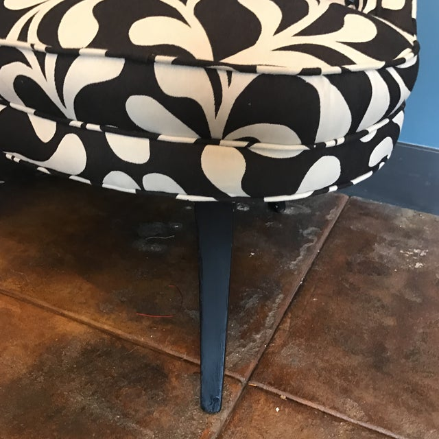 Black & White Botanical Loveseat - Image 8 of 8