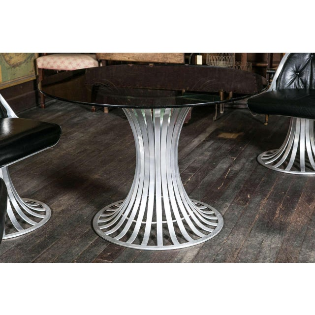 Black 1960s Vintage Russell Woodard Round Table Set- 5 Pieces For Sale - Image 8 of 11