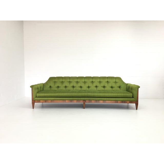 Hollywood Regency Mid-Century Hollywood Regency Style Tufted Sofa For Sale - Image 3 of 6