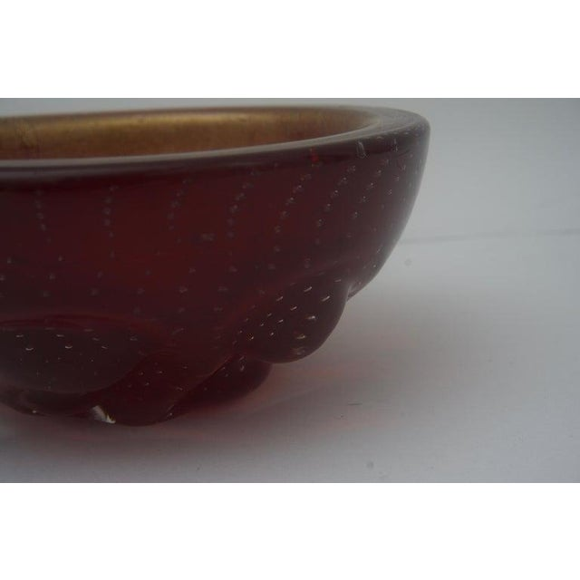 Barovier & Toso Barovier Et Toso Glass Dish Bowl Gold Flecks Controlled Bubbles Deep Red For Sale - Image 4 of 7