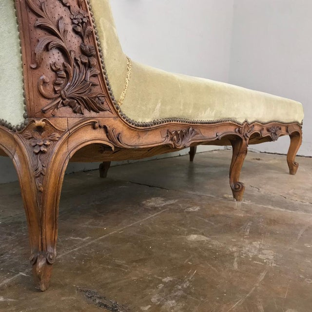 Wood 19th Century French Louis XV Chaise Longue For Sale - Image 7 of 13