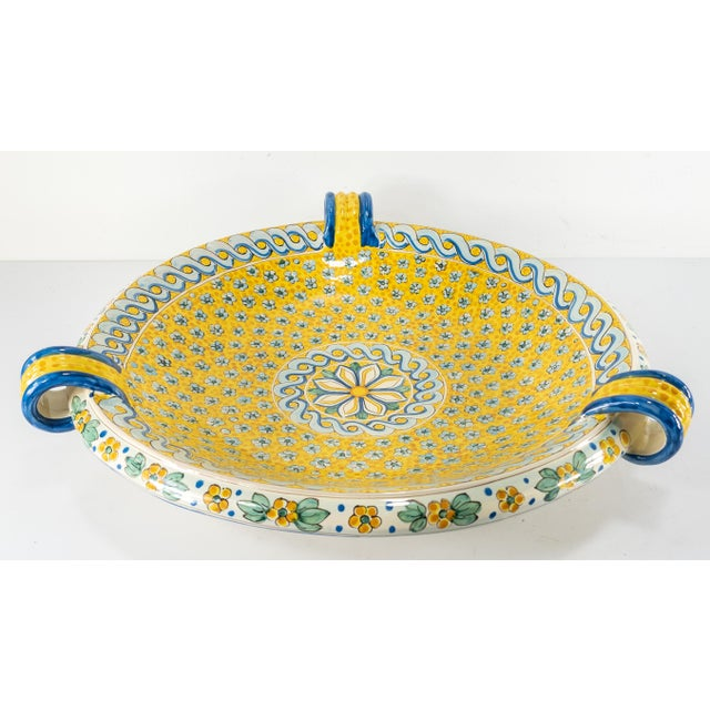 Traditional Late 20th Century Italian Yellow Majolica Renaissance Revival Decorative Wall Charger For Sale - Image 3 of 10