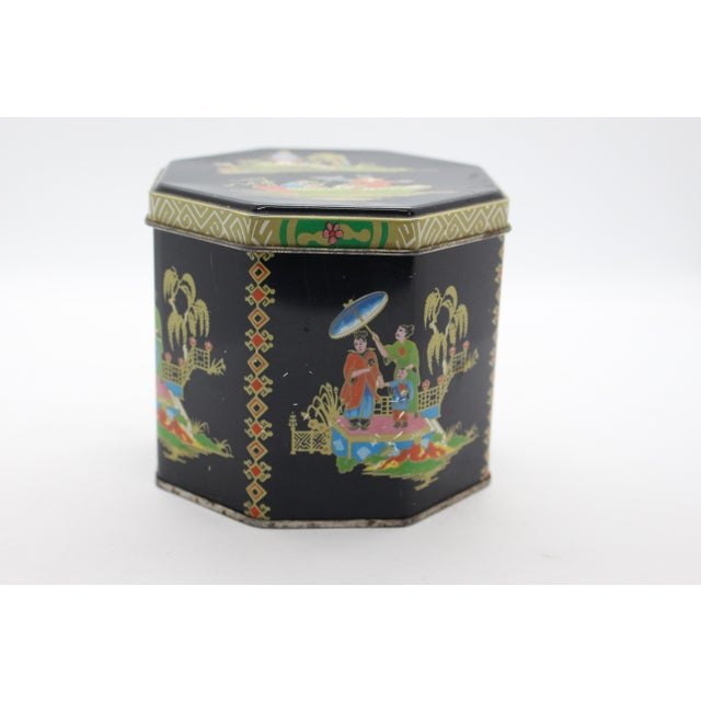 Asian 1990s Tin Box Company Chinoiserie Pictorial Box For Sale - Image 3 of 8