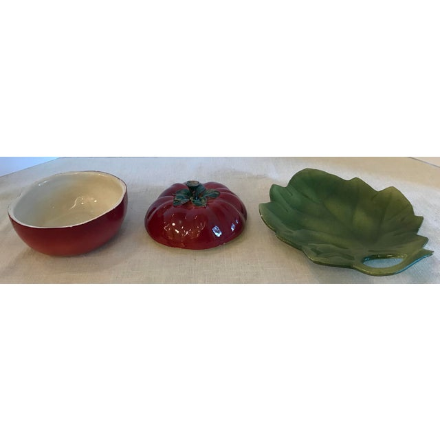 Italian 20th Century Italian Tomato Dish With Underplate -3 Pieces For Sale - Image 3 of 9